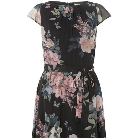 8e885bcb02de4 Dorothy Perkins Dresses & Skirts - Billie & Blossom Black Pink Floral  Skater Dress
